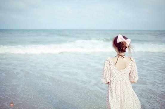 关于/若然秋水可以望穿,若然你是我的归人,我愿意,愿意在此岸守望...