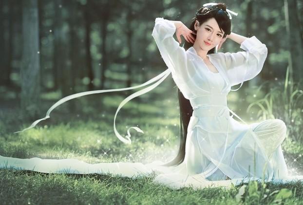唯美古风网名 素衣白裙浅微笑